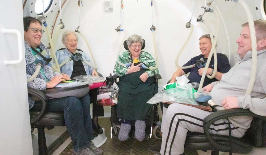 Members in the oxygen chamber